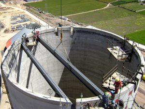 Travaux confinés (silos, cuves, réservoirs, canalisations, etc.)
