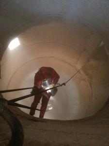 Nettoyage de silo industriel